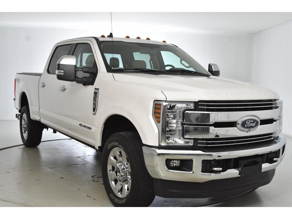 Pre-Owned 2019 Ford F-350 Super Duty LARIAT