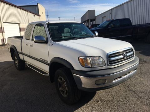 Pre-Owned 2000 Toyota Tundra SR5